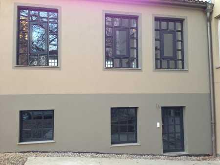 Aussergewöhnlich elegante, Loft-artige 2-Zimmer-Maisonette-Wohnung Nähe HBF in Augsburg-Innenstadt