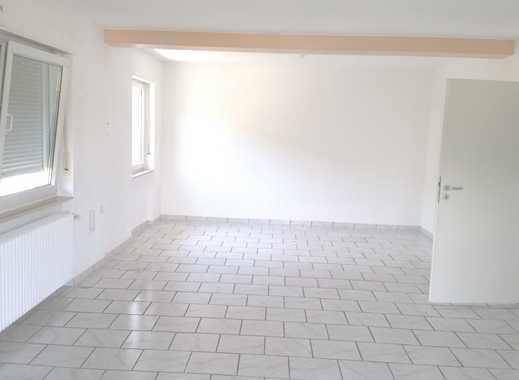 Badenweiler Burgblick, große 3-Zi-Whg. 1. OG Bad m Badew. u Dusche,WC, Balkon, zentral und ruhig