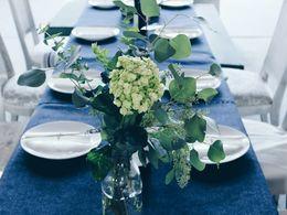 Tisch_blau