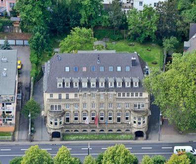 Bürofläche in denkmalgeschützem Gebäude am Rhein