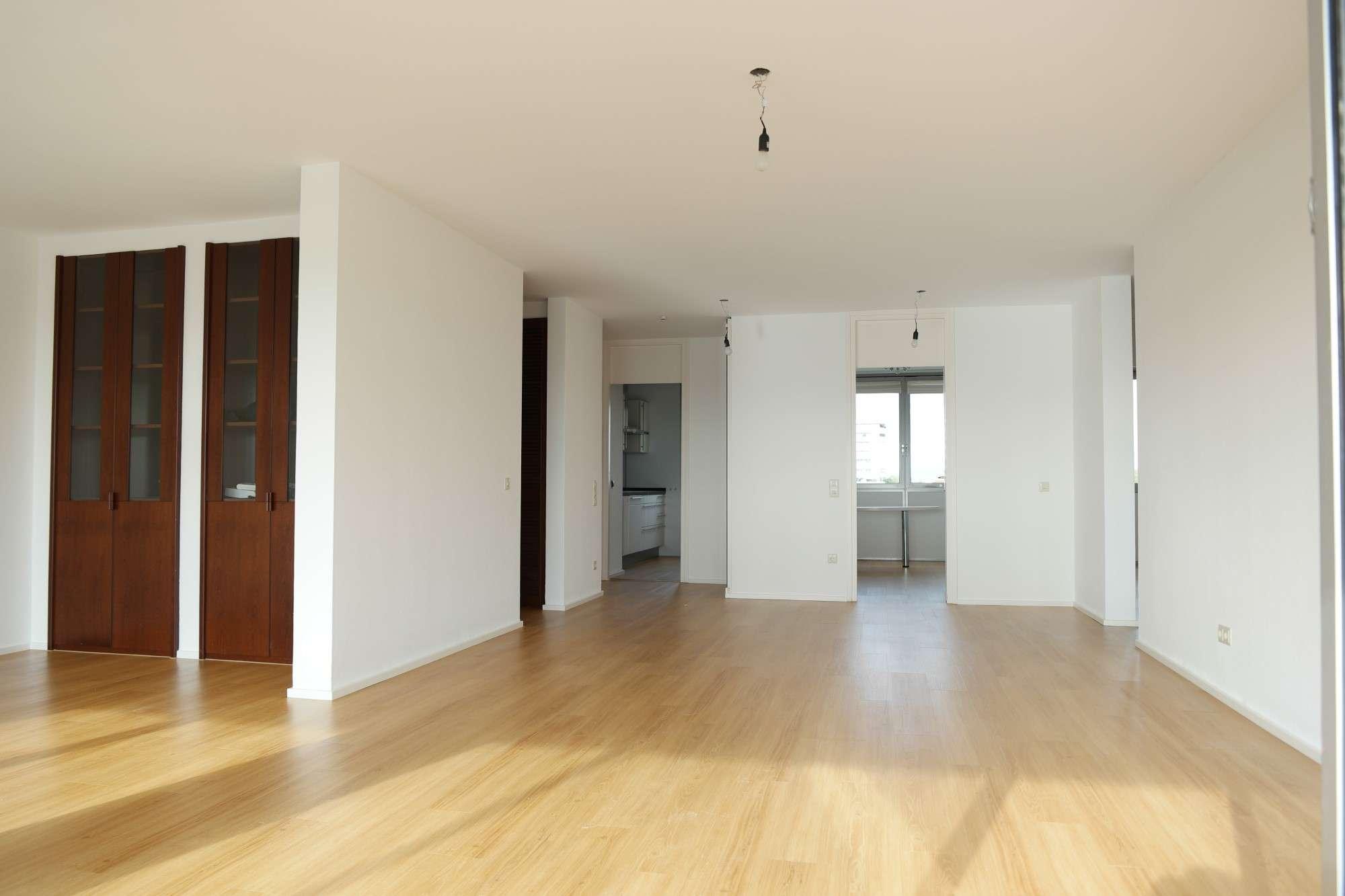 Am Englischen Garten,  renovierte 4,5-Zimmer-Wohnung mit Balkon und EBK in Schwabing, München in Schwabing (München)