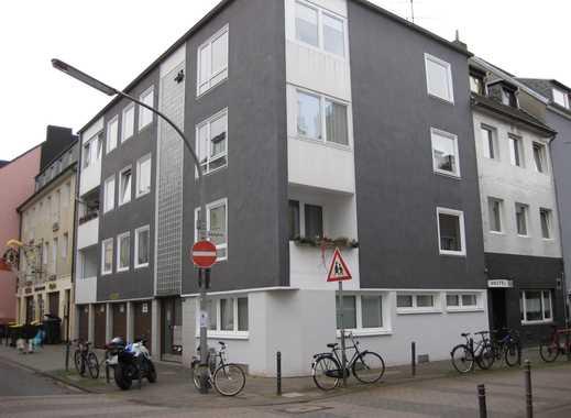 Stilvolle, sanierte 2-Zimmer-Wohnung mit Balkon in Deutz, Köln--Keine WG--