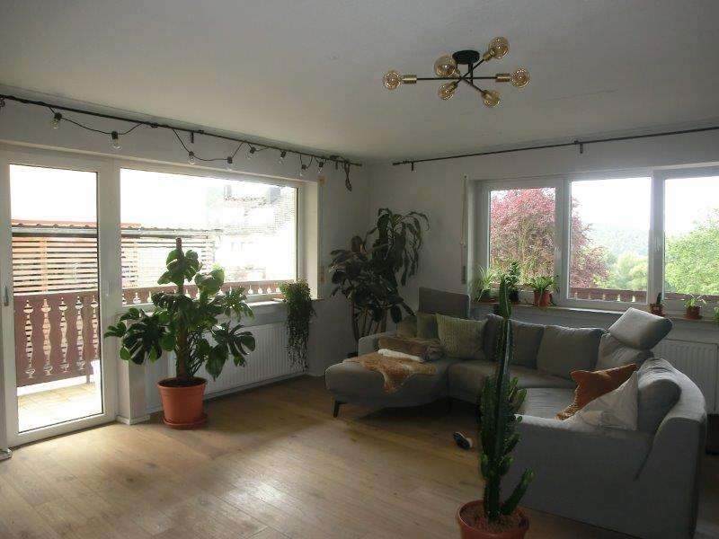 Großzügige 4-Zimmer Wohnung m. Garten in Bad Bocklet - OT Roth in Bad Bocklet
