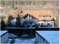 Ansprechende 1 5-Zimmer-Dachgeschosswohnung mit Balkon