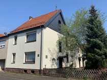 Doppelhaushälfte mit Wintergarten und Doppelgarage
