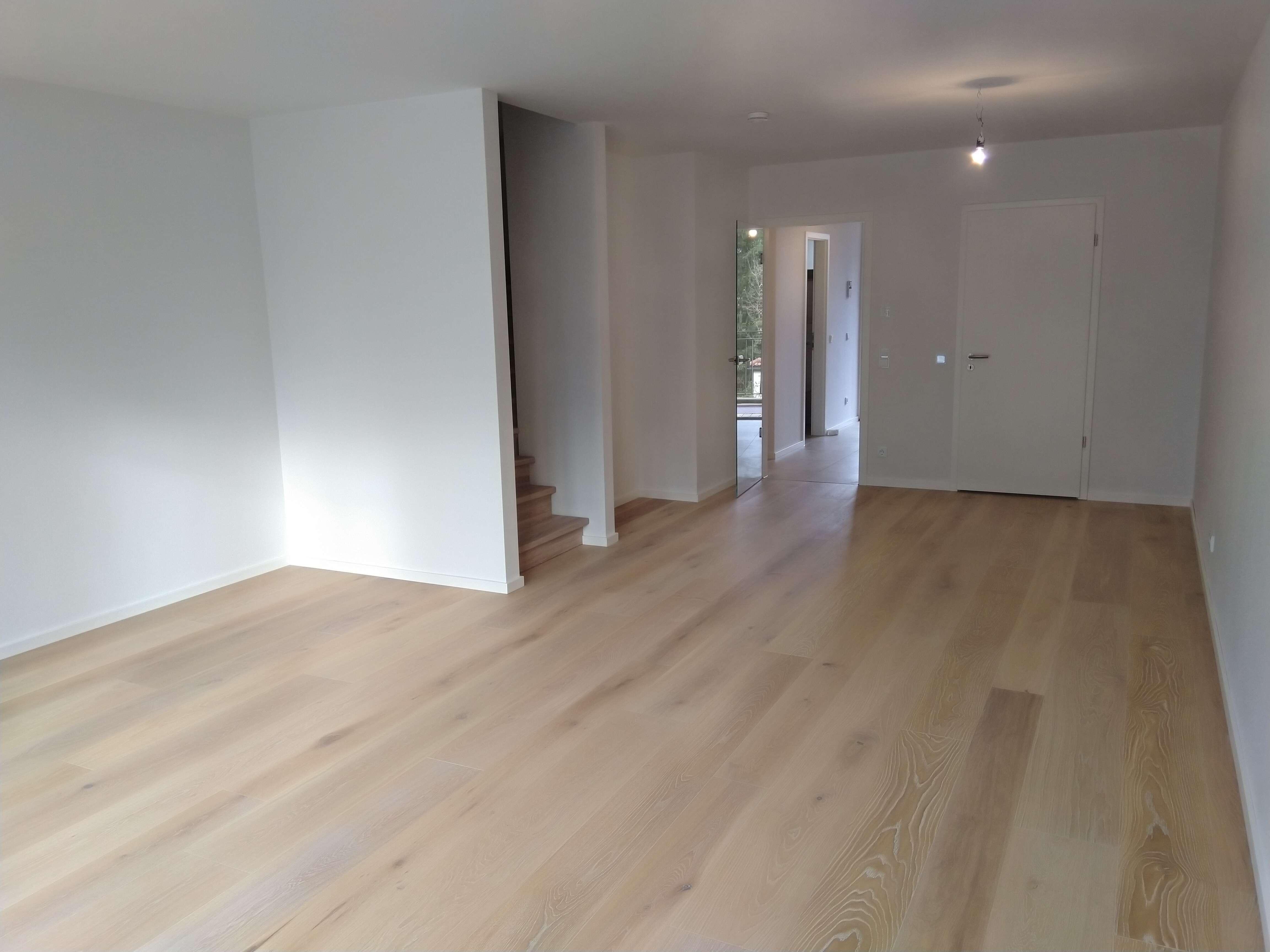 Erstbezug! 3-geschossige Maisonette-Wohnung im Townhous-Stil AB SOFORT zu vermieten in Obergiesing (München)