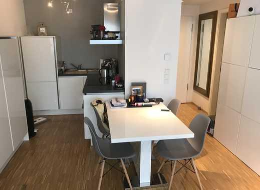 Helle Teilmöbelierte Zwei Zimmerwohnung im Neubau nur für eine Person geeignet