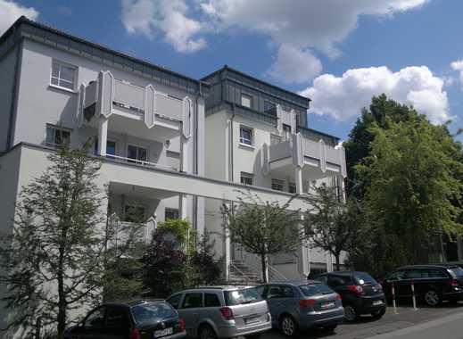 Schöne, helle 2 ZKB Wohnung