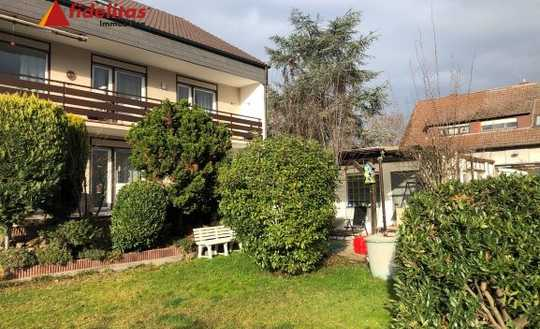 3 Fam.-Haus in bester Lage im Grünen