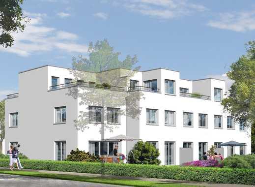 Viel Platz für Familien: Reihenmittelhaus in Berlins Grüngürtel mit schönem Garten