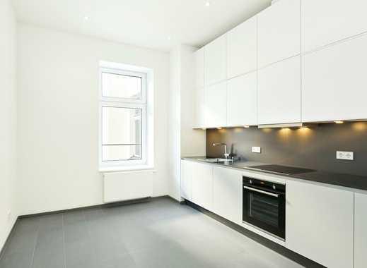 umfassend modernisiert mit Einbauküche, Balkon und Badewanne