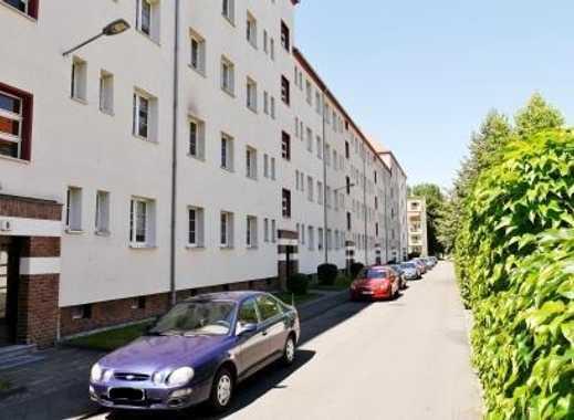 Schicke 2-Rwhg, mit Balkon, EBK, Tageslichtbad mit Dusche im san. Altbau sucht Nachmieter!