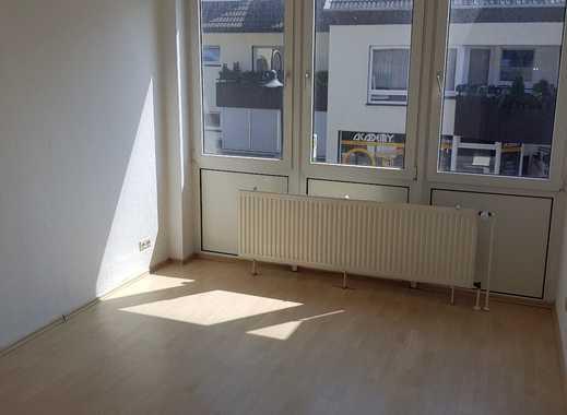 Grosszügige 3 Zimmer Wohnung in zentraler Lage