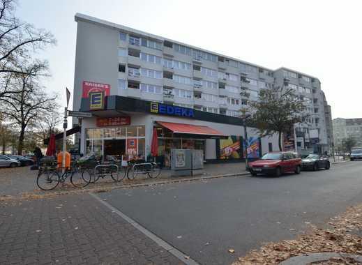 Berlin-Charlottenburg: kleiner PKW-Stellplatz (Smart, Mini o. ä.) in Tiefgarage *ab sofort*