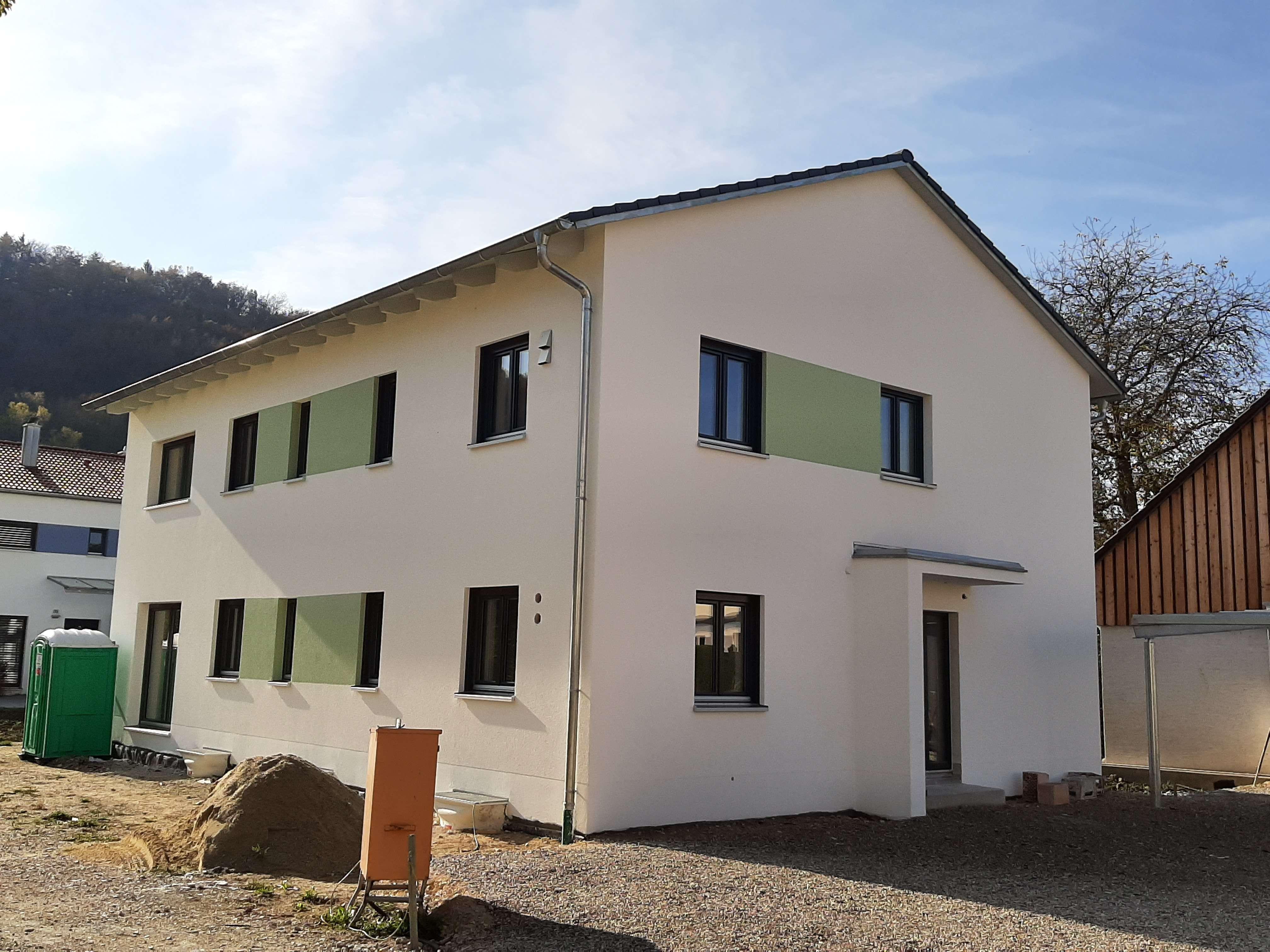 Erstbezug: Großzügige, helle 3-Zimmer-Erdgeschosswohnung mit Terrasse in Saal an der Donau in Saal an der Donau