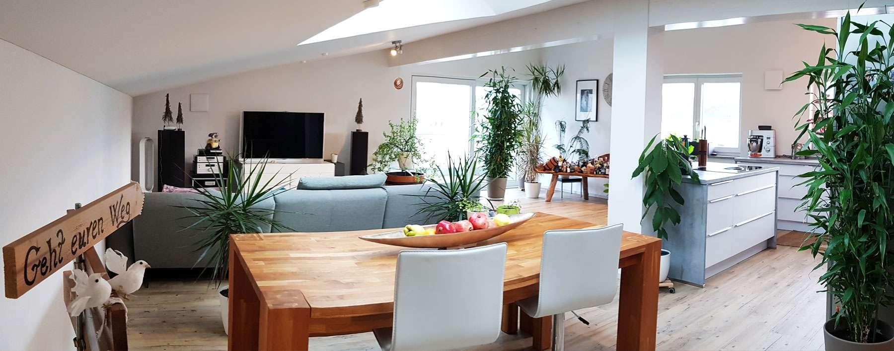 Exklusive DG-Wohnung nah an Zentrum und Iller (provisionsfrei) in