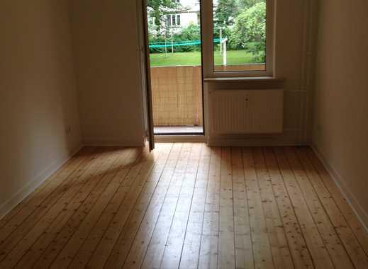 Nachmieter gesucht: zentrale Wohnung in Eimsbüttel mit Holzdielenboden, EBK und Balkon