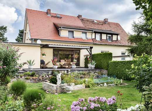 Verkauf auf Zeitrentenbasis: Modernisierte Doppelhaushälfte mit großem Garten in Potsdam