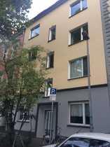 Erstbezug nach Sanierung stilvolle 3-Zimmer-DG-Wohnung
