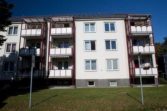 Altersgerecht - Attraktive 3-RW mit Balkon im Erdgeschoss