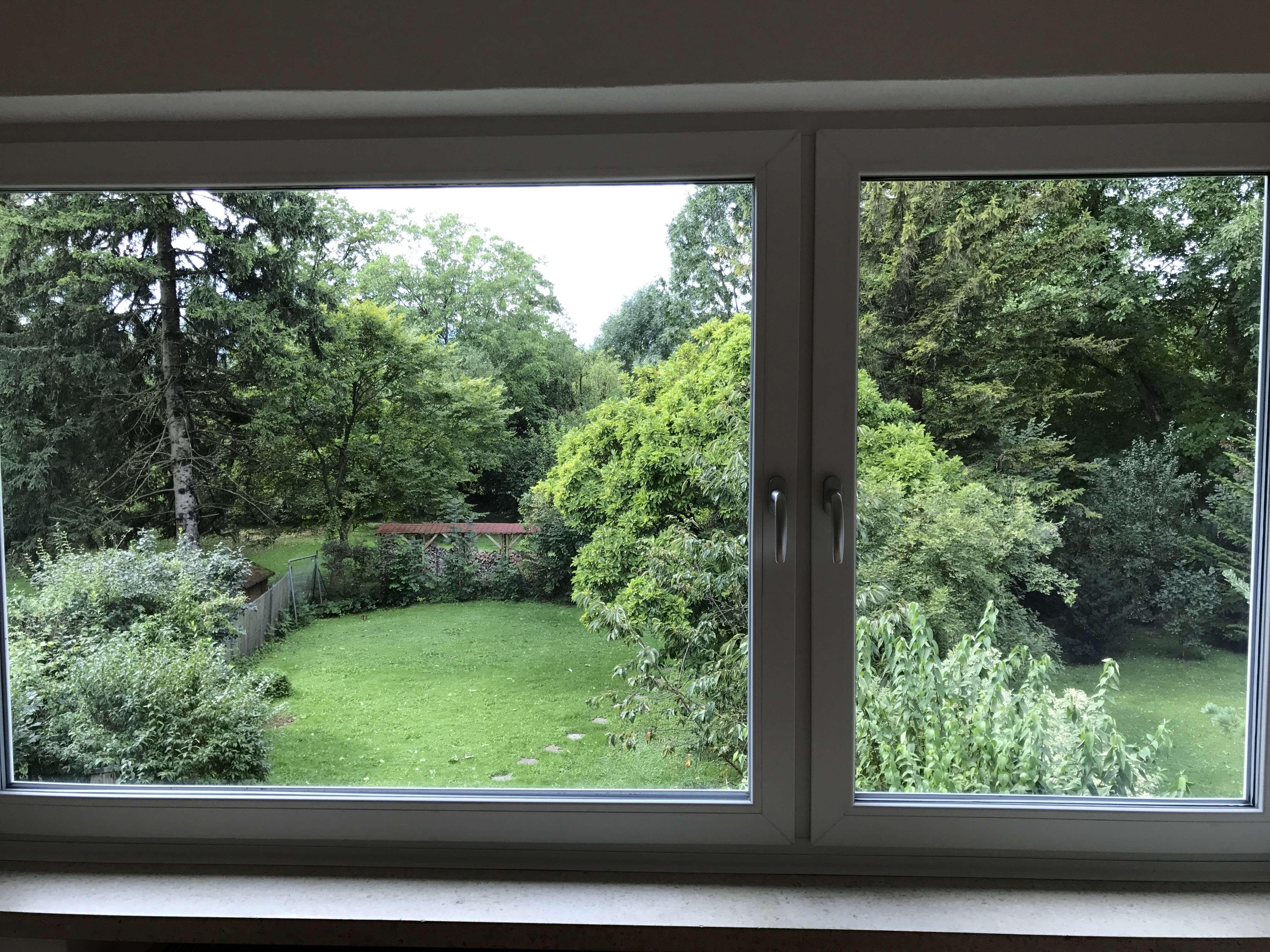 Schöne 2,5 Zimmer Wohnung (WG-geeignet) in Rosenheim mit tollem Ausblick