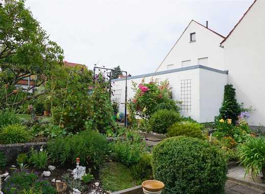 Mehrfamilienhaus, aktuell drei Wohneinheiten mit Erweiterungsmöglichkeit