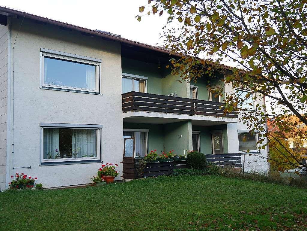 Ruhige, zentral gelegene 2-Zimmer-Wohnung mit See- und Bergblick in