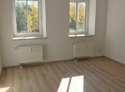 *Erstbezug nach Renovierung* + 1. Monat mietfrei - Schicke 3 Raum Wohnung in Altendorf