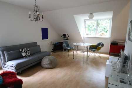 Schöne, gemütliche 2 ZKB-Dachgeschosswohnung in St. Jobst (Nürnberg)
