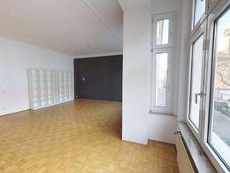 Wohnung-im-Dusseldorfer-Medien