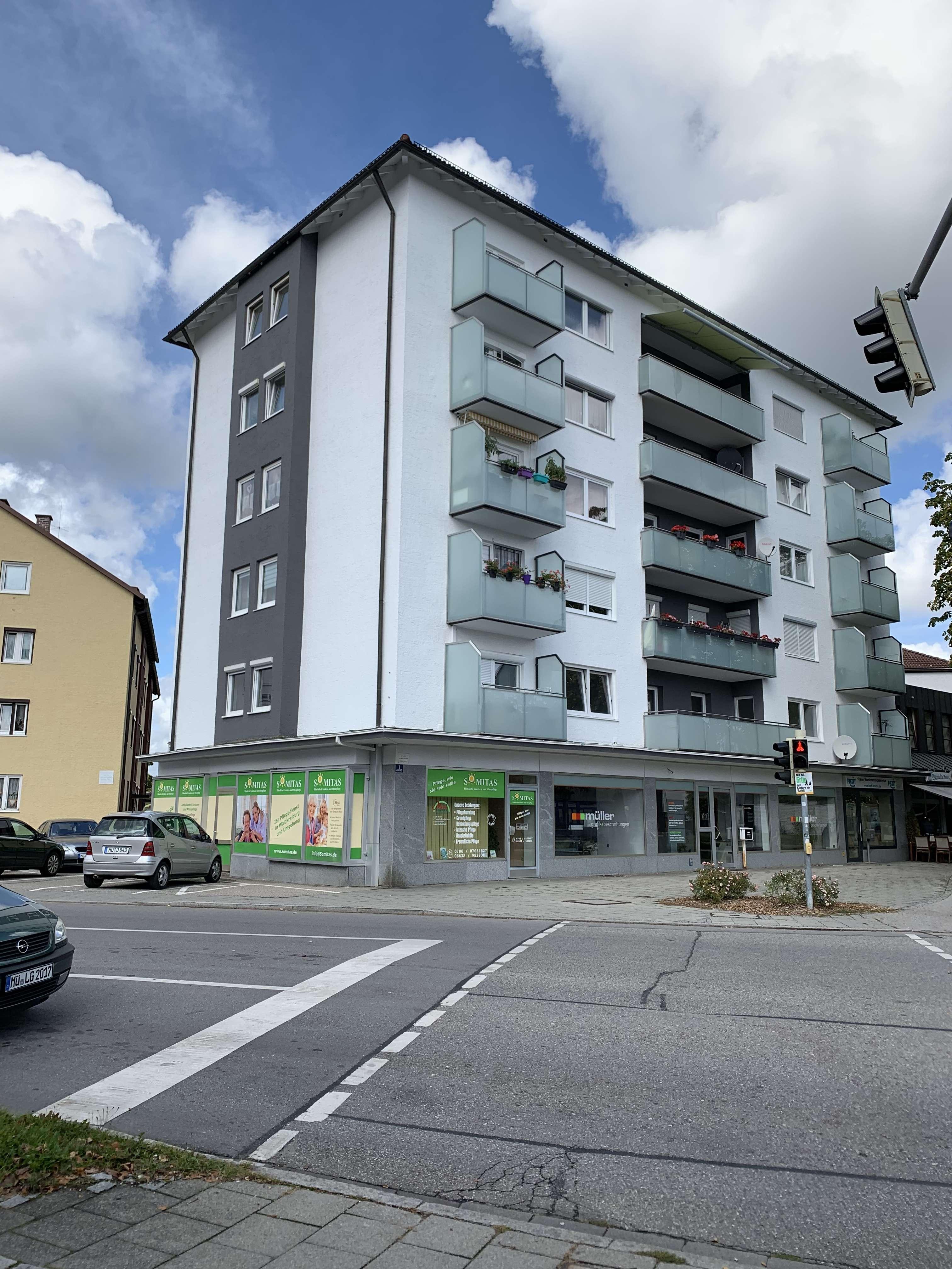 Vollständig renovierte 3-Zimmer-Wohnung mit Balkon im Zentrum von Waldkraiburg in Waldkraiburg
