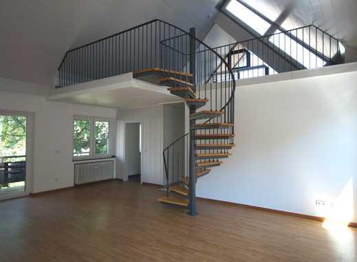 Stylische Galerie- Wohnung mit 3  Balkonen und geräumigen Tageslichtbad!