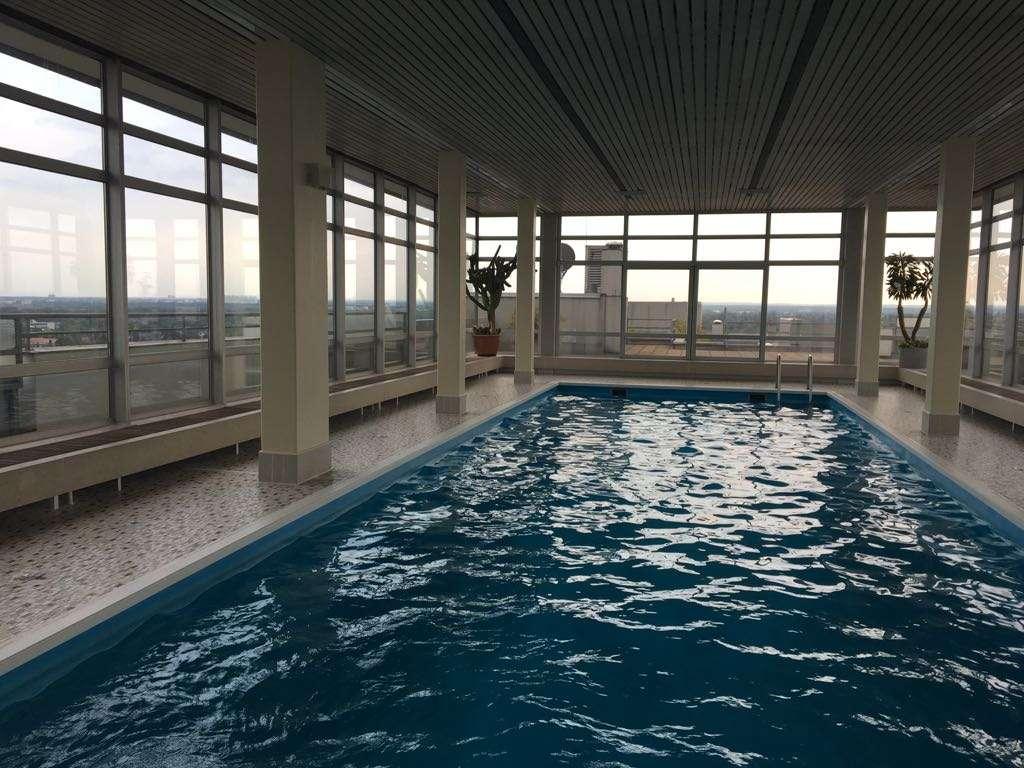 Exklusive 2-Zimmer-Wohnung mit Balkon und Einbauküche über den Dächern Münchens