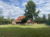 Charmanter Resthof mit 700m langer