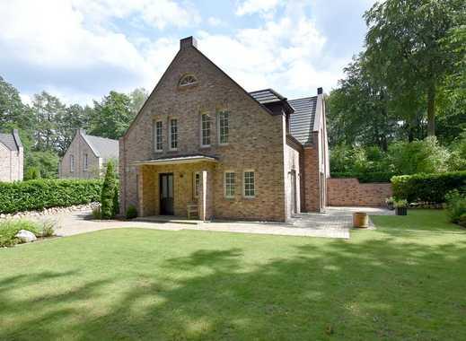Architektur-Highlight: Verbundenes Einfamilienhaus mit viel Charme!