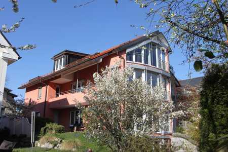 Herrsching am Ammersee helle,ruhig 2 Zi. DG-Whg. Parkett, tolle EBK, Balkon, Kamin ... ein Traum!!!! in Herrsching am Ammersee (Starnberg)