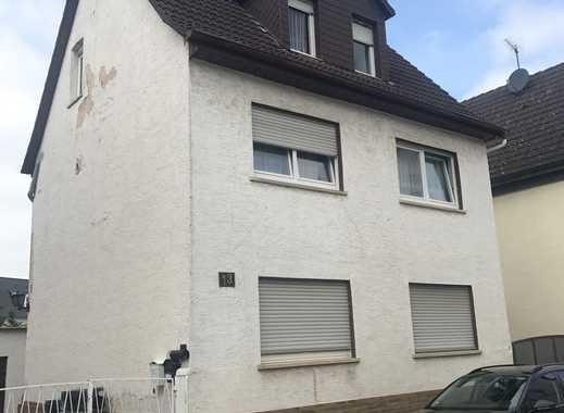 Provisionsfrei..Freistehende 1 Familienhaus mit Bauplatz und Nebengebäude in Nauheim