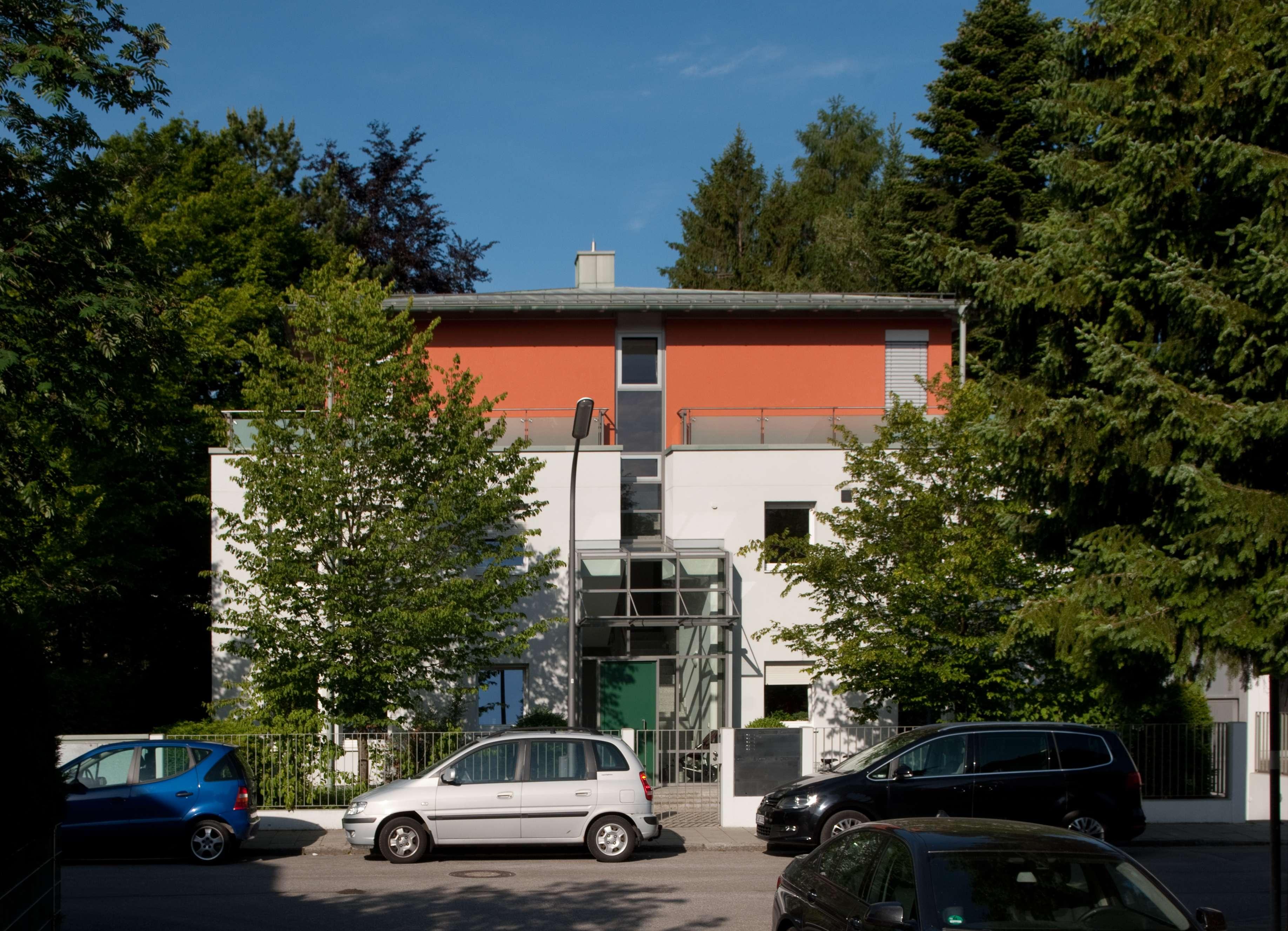 Moderne 3-Zimmer-Erdgeschosswohnung mit Terrasse in bester Lage - Harlaching in Harlaching (München)