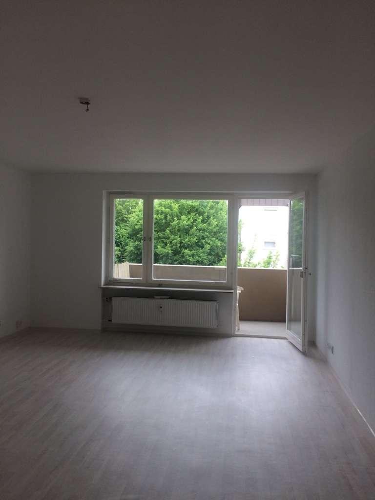 Schöne, geräumige 1-Zimmer Wohnung in Würzburg, Lengfeld