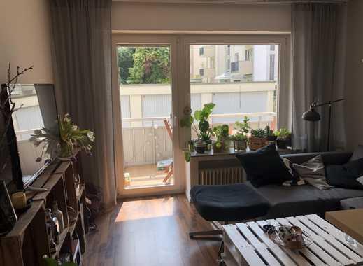 Schöne 2-Zimmer-Wohnung mit Balkon in Rheinnähe in Mülheim, Köln