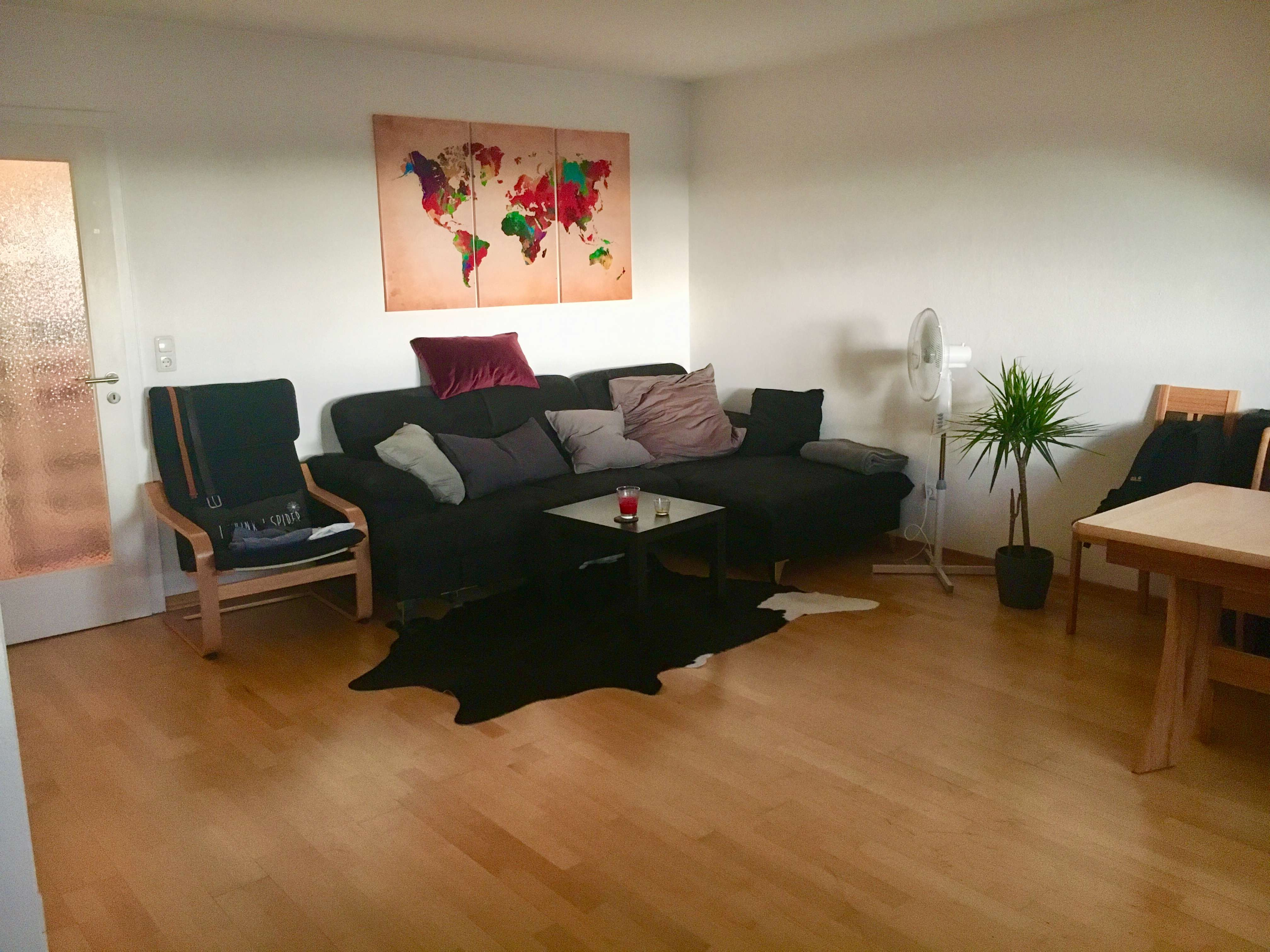 Charmantes Dachgeschoß-Appartement mit separater Küche in Mü/Giesing ab 1./15. August zu vermieten