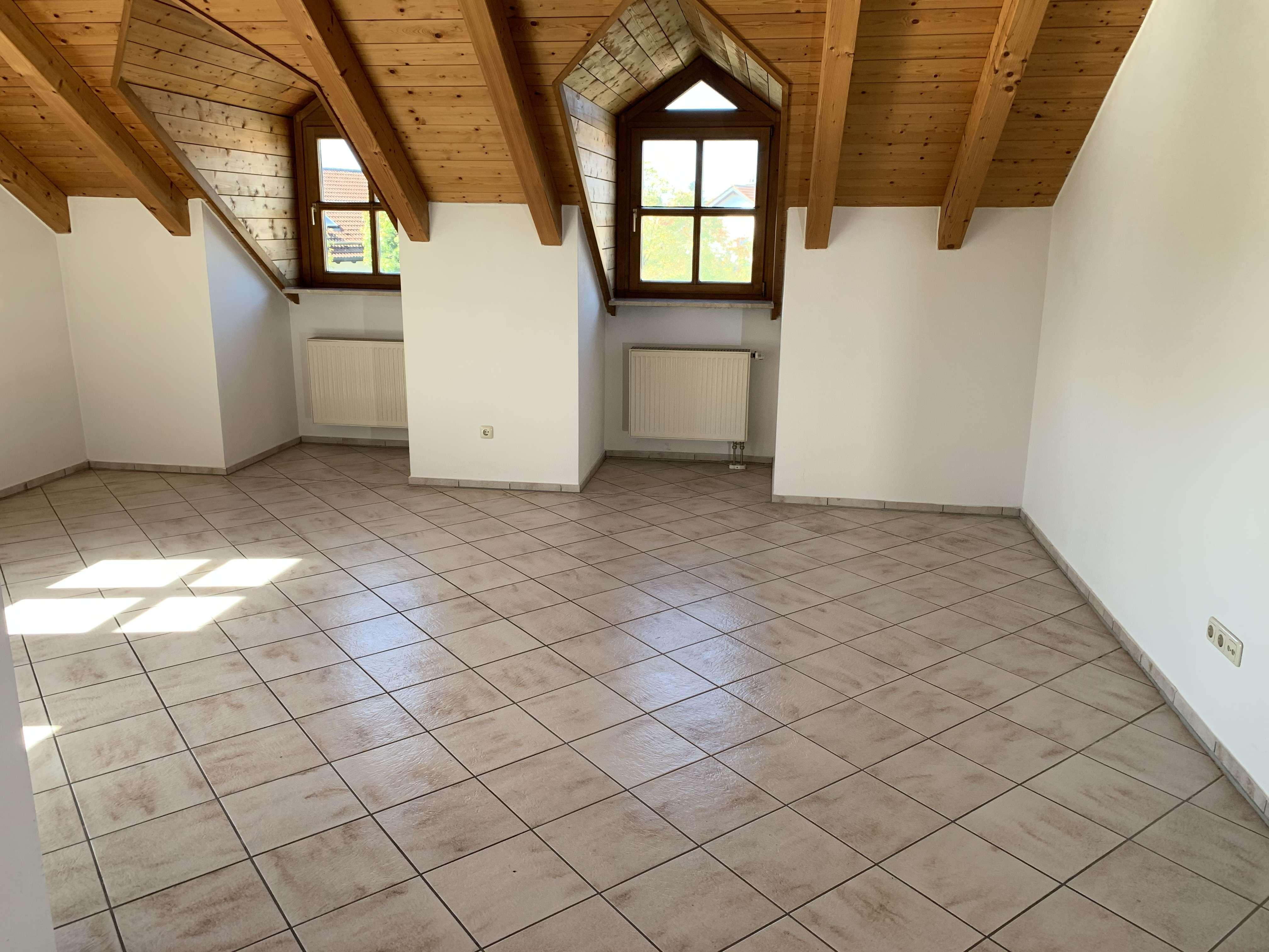 Schöne, geräumige zwei Zimmer Wohnung in Mühldorf am Inn (Kreis), Mühldorf am Inn in Mühldorf am Inn