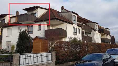 Helle, gepflegte 1-Zimmer-DG-Wohnung mit Balkon und Einbauküche in Nürnberg-Hohe Marter in Hohe Marter (Nürnberg)