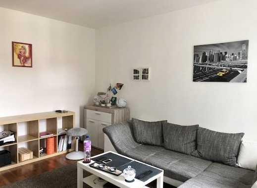 Schicke 2-Raum-Wohnung mit Balkon und Stellplatz