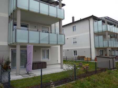 Exklusive 3-Zimmer-Wohnung, Baujahr 2018, sehr große Terrasse, KfW 55, Energieeffizienzklasse A+ in Ampfing