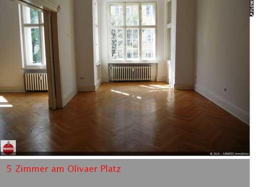 Hochherrschaftliche Wohnung am Olivaer Platz, Fischgrätparkett,Aufzug, Balkon, Einbauküche, Winterg.