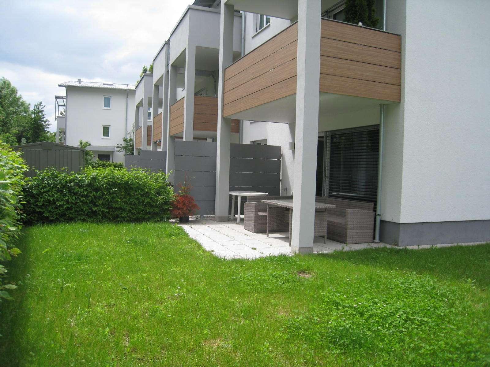 Erdgeschoss Whg. Neubau mit 130 m² Garten ( Aufzug, FBH etc..) in DACHAU´s Mitte