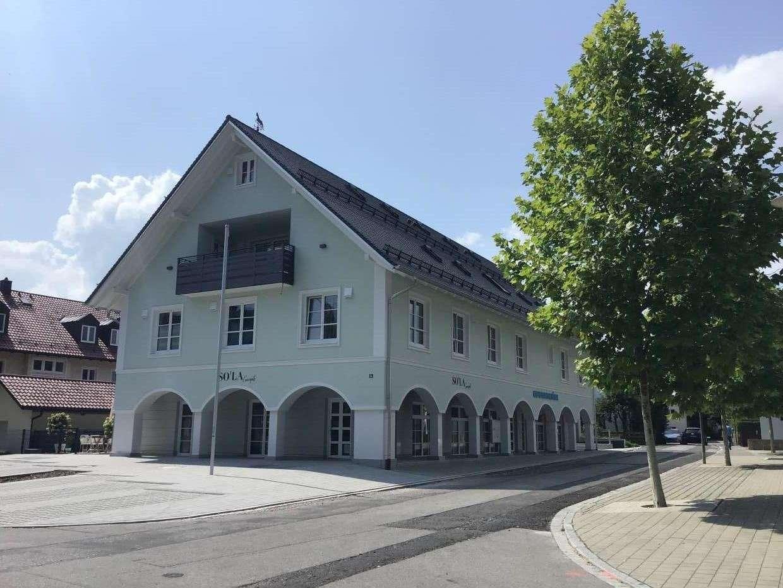 Hochwertige 4-Zimmer-Wohnung mit toller Dachterrasse  im Ortszentrum von Ismaning in Ismaning