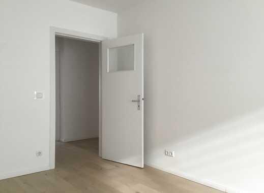Stilvolle, sanierte 3-Zimmer-Wohnung mit Balkon und Einbauküche in Hamburg-Harburg
