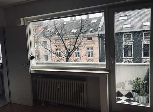 Helles Apartment mit Balkon in D-Derendorf